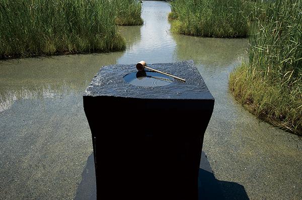 彫刻家・樂雅臣 石と空間の美